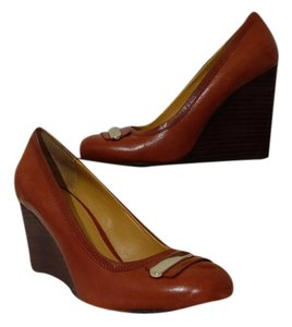 Nine West Brass Cognac Wedges