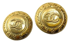Chanel Chanel Vintage Gold Medallion Earrings