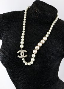 Chanel Chanel CC Logo Pearl like Anniversary Necklace