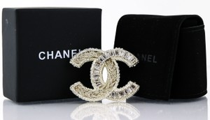 Chanel Chanel CC Logo Crystal Filagree Brooch Pin