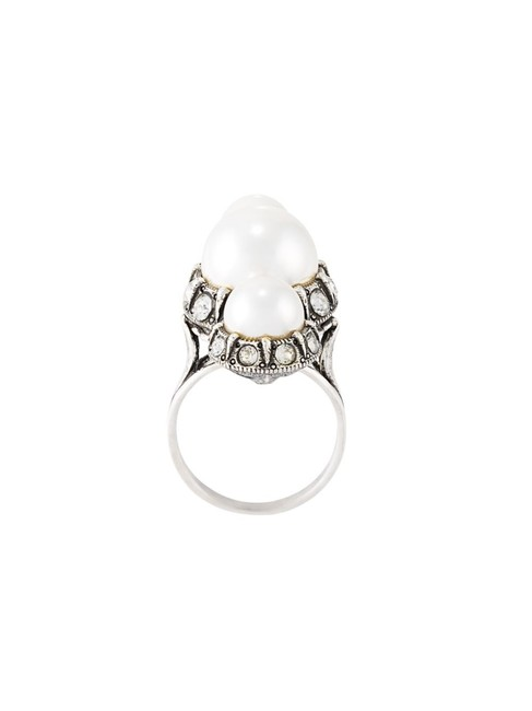 Item - Silver/Pearl Ring
