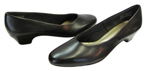 Hush Puppies New Size 9.00 Narrow Excellent Condition Black Pumps