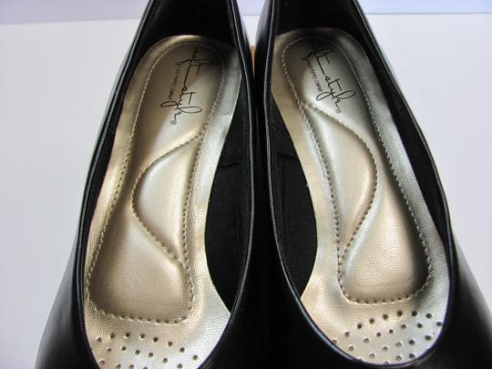 Hush Puppies New Size 9.00 Narrow Excellent Condition Black Pumps Image 4