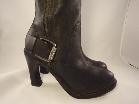Vera Wang Lavender Label Leather Chunky BLACK Boots Image 2