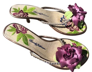Beverly Feldman Kitten Heels Flower Wood Heel Rhinestones Purple Sandals
