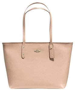 Coach Leather F57522 Tote in Beechwood