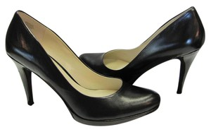Nine West Size 10.00 M Leather Very Good Condition Black Pumps