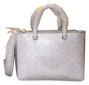 Tory Burch Tote in Soft silver