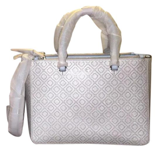 Preload https://img-static.tradesy.com/item/20512814/tory-burch-robinson-metallic-small-multi-soft-silver-saffiano-leather-tote-0-1-540-540.jpg