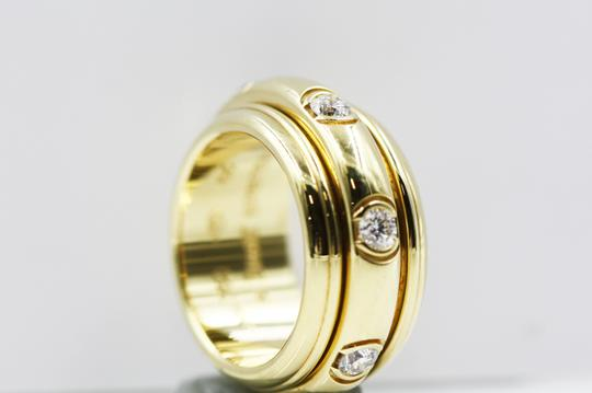 Piaget 18K Yellow Gold movable Ring with 7 Diamonds Image 5