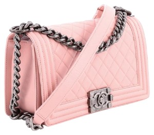 Chanel Boy Chain Pink Pink Lambskin Lambskin Le Boy Cross Body Bag