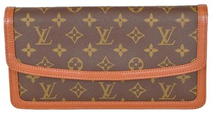 Louis Vuitton Monogram Pochette Brown Clutch