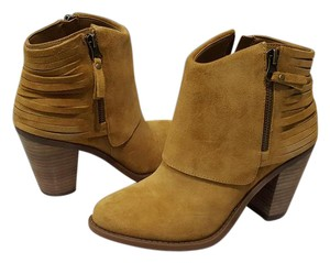 Jessica Simpson Cerrina Suede Honey Brown Boots
