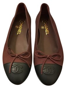 Chanel Black and Burgundy Flats