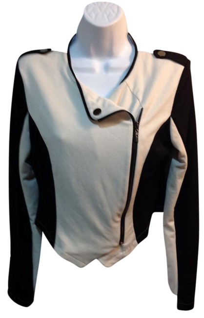 Item - Black/Creme And Jacket Size 12 (L)