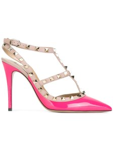 Valentino Rockstud Patent Leather Pink Pumps
