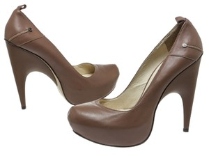 CoSTUME NATIONAL Taupe Pumps