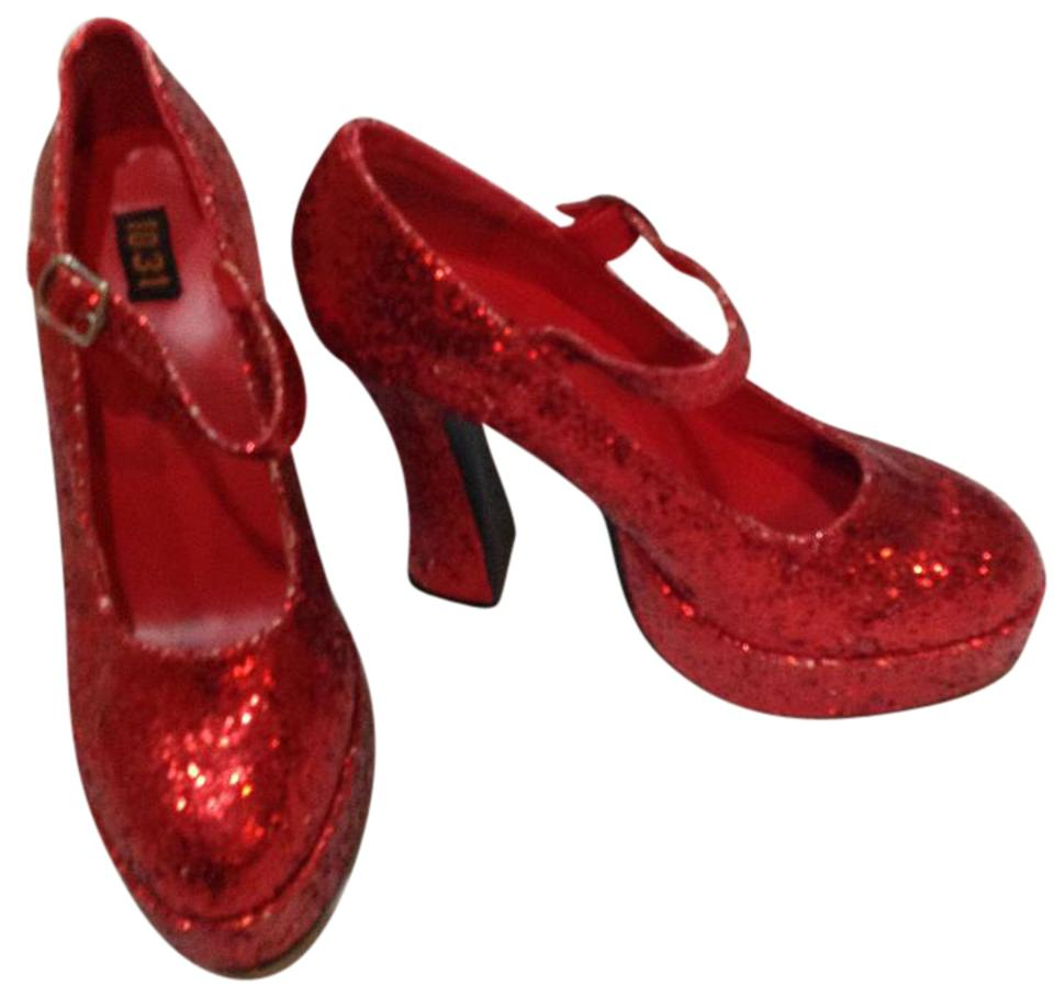 d65c60f12e19 Red Glitter Round Toe Wedges Size US 8 Regular (M, B) - Tradesy