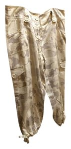 White House | Black Market Capris Camo
