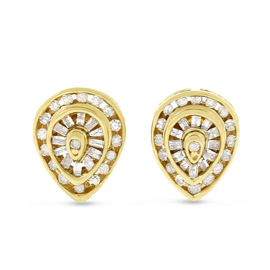 Preload https://img-static.tradesy.com/item/20515328/045-ct-natural-round-and-baguette-pear-shape-stud-solid-14k-earrings-0-0-540-540.jpg