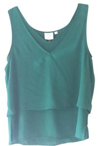HD in Paris Top emerald