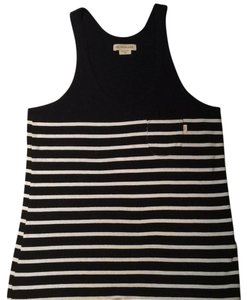 OBEY Top black and white striped