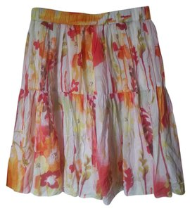 Old Navy Floral Easter Skirt White/Floral