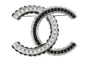 Chanel 17P Silver Black Crystal CC Logo Brooch