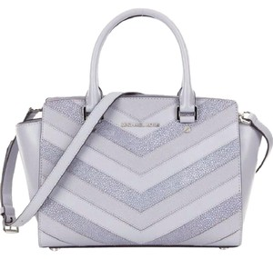 Michael Kors 30s6slms6e Selma Chevron Striped Color Satchel in Dove