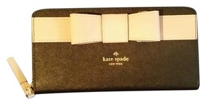 Kate Spade Kate Spade Saffiano Leather Wallet