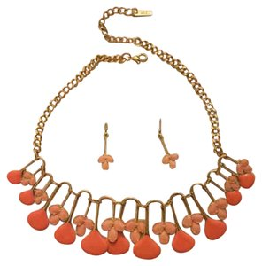 Mikasa chocker necklace & earring Set