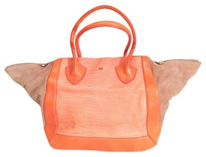 Pour La Victoire Satchel in orange