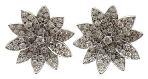 Van Cleef & Arpels Lotus earrings, medium model