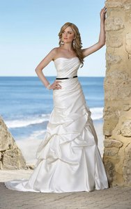 Essense Of Australia Stella York 5436 Wedding Dress