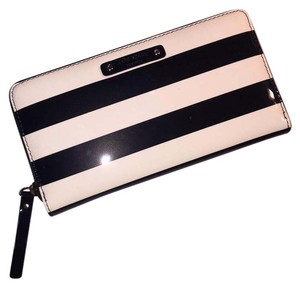 Kate Spade Nedra Zip Around Wallet Clutch