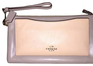 COACH COLOR BLOCK LEATHER CLUTCH/WRISTLET Wristlet in Grey