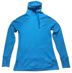 Under Armour semi fitted Waffle Thumb-Hole Turtleneck