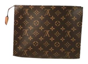 Louis Vuitton Pouch Monogram Monogram Toiletries Pouch brown Clutch