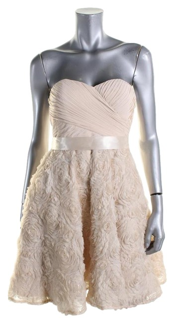 Item - Ivory Mid-length Cocktail Dress Size 0 (XS)