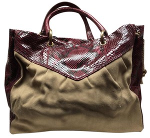 Marc Jacobs Tote in Burgundy & Tan