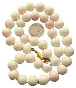 Les Bernard RARE Vintage LES BERNARD ESTATE Genuine Angel Skin Coral Bead Necklace