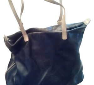 Arcadia Leather Shoulder Bag