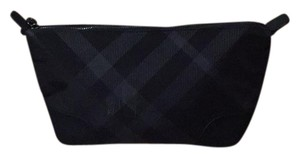 Burberry cosmetic bag and the ultimate lip sample Burberry Cosmetic Bag