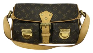 Louis Vuitton Lv Monogram Hudson Pm Canvas Shoulder Bag