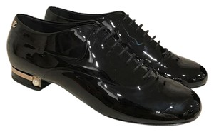 Chanel Patent Leather Pearl Loafer black Flats
