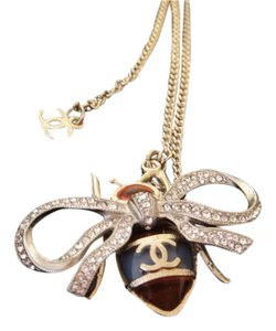 Chanel $750 Chanel Strass Wings Bumble Bee Bug Bow Logo Necklace #946