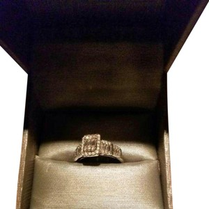 Kay Jewelers 14k 1carat engagment ring