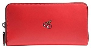 Coach Coach PAC MAN ACCORDION ZIP WALLET IN SIGNATURE 56718 Cherry