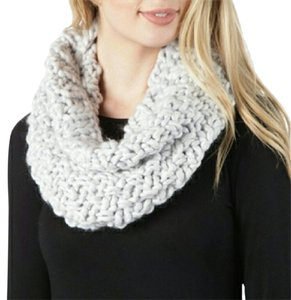 Nordstrom Light Gray Chunky Knit Cowl Scarf