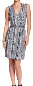 Diane von Furstenberg short dress Black, White Short Print Animal Print Silk on Tradesy